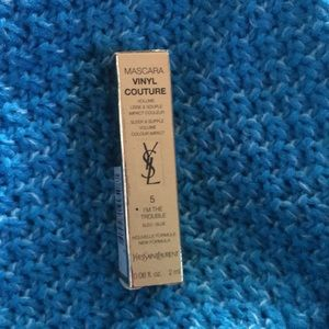 Ysl vinyl couture I'm in trouble blue mascara